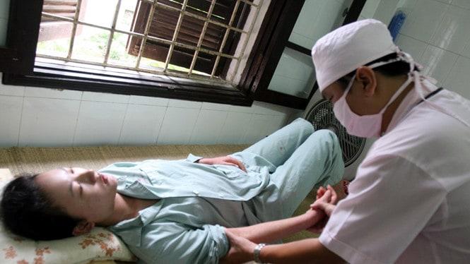 Chăm Sóc Bệnh Nhân Sốt Xuất Huyết Cấp