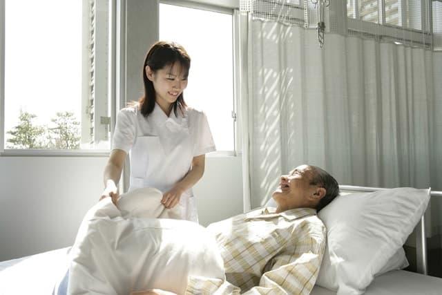 Dịch Vụ Cung Cấp Người Chăm Sóc Người Bệnh Uy Tín Chất Lượng