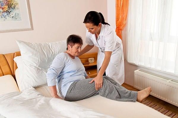 Dịch Vụ Chuyên Môn Chăm Sóc Người Bệnh Tại Nhà
