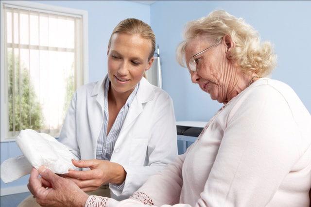 5 tuyệt chiêu chăm sóc người già theo tâm lý phổ biến nhất 2018