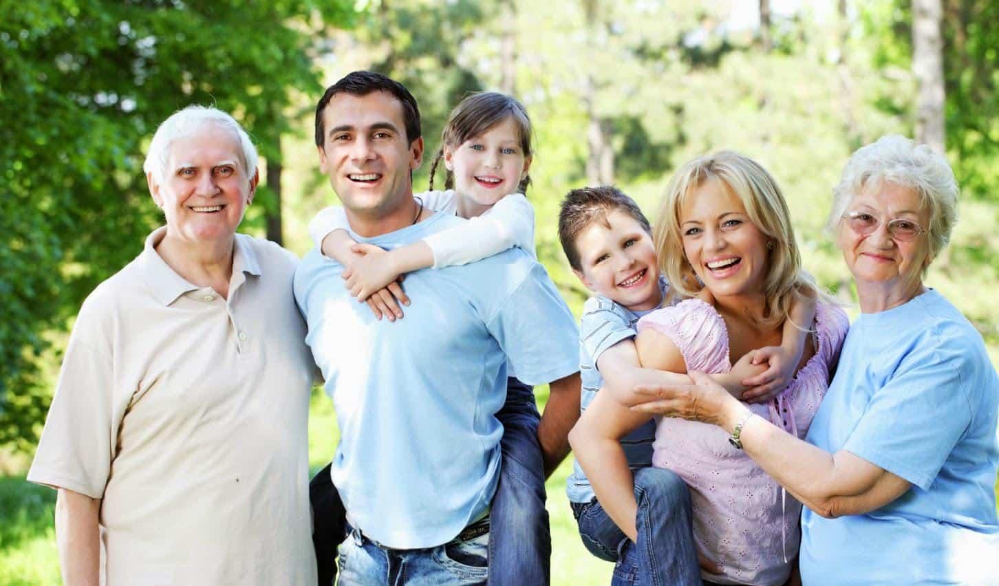 Những Sai Lầm Phổ Biến Khi Chăm Sóc Người Già Tại Nhà
