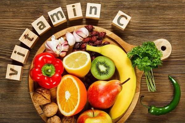 chăm sóc bệnh nhân sau mổ ruột thừa bằng cách bổ sung thêm các loại vitamin C