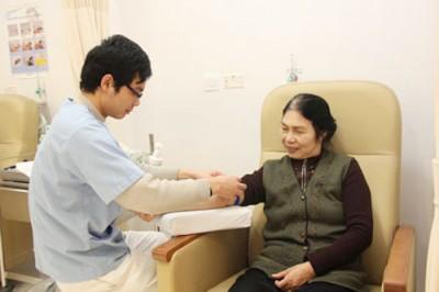 chăm sóc bệnh nhân sau mổ