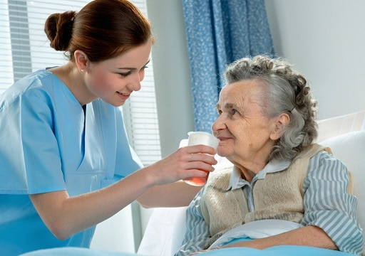 Dịch Vụ Chăm Sóc Người Già Tại Bệnh Viện Tận Tâm, Trách Nhiệm