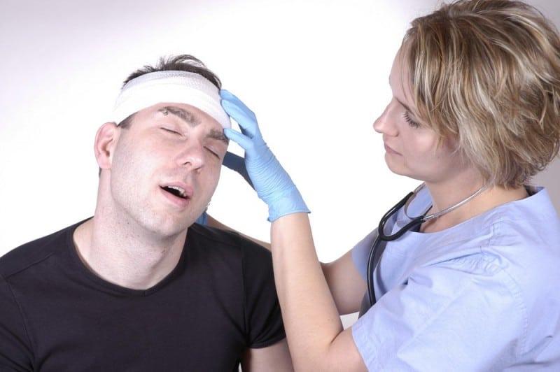 chăm sóc bệnh nhân chấn thương sọ não kín