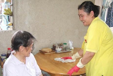 Dịch Vụ Chăm Sóc Người Già, Người Bệnh Tại Hà Nội Tận Tâm - Uy Tín
