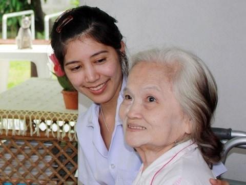Bạn Đã Biết Dịch Vụ Chăm Sóc Bệnh Nhân Tại 24 Quận Huyện TPHCM
