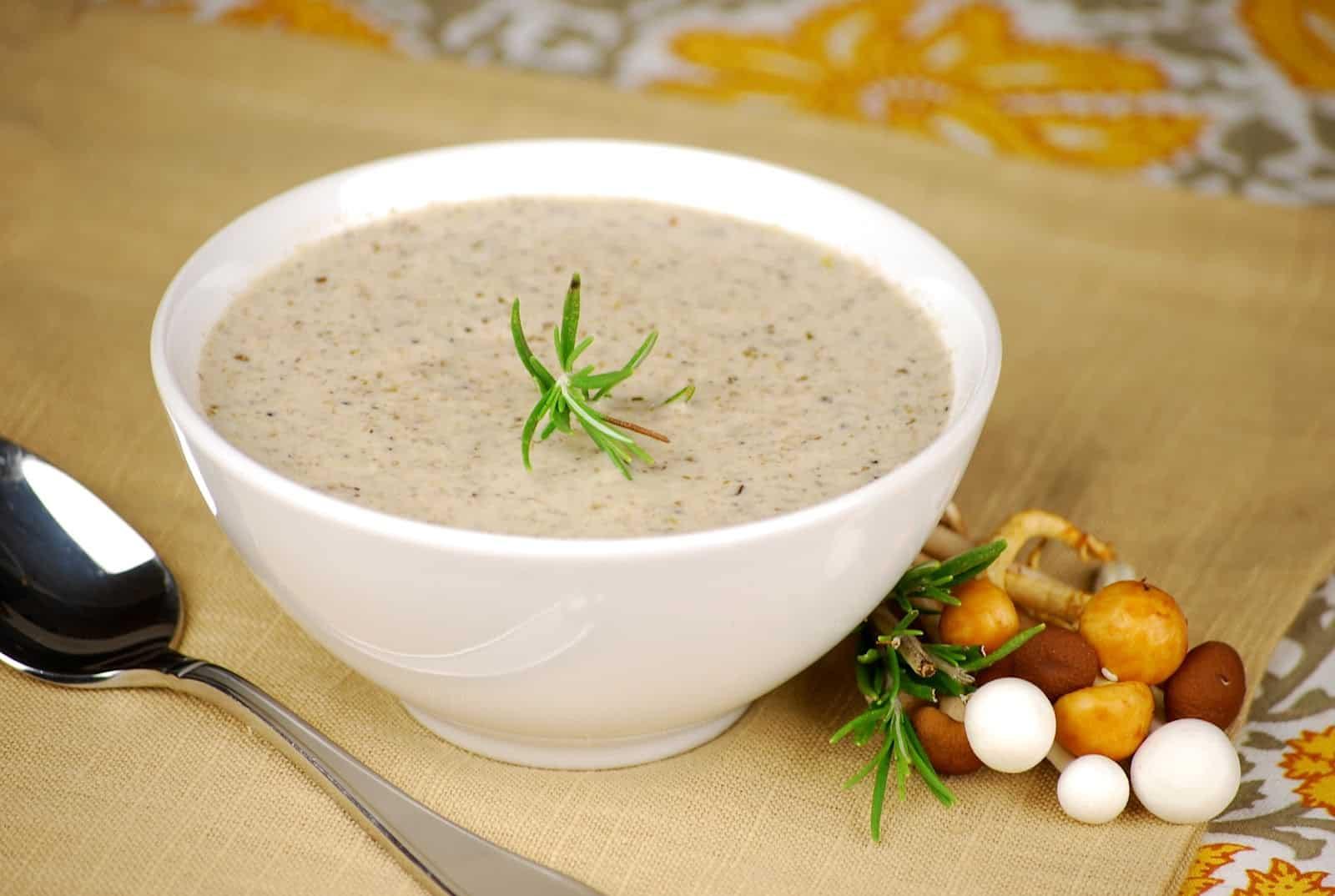 [Chăm sóc người già tại nhà] Gợi ý 3 món cháo dinh dưỡng cho người già