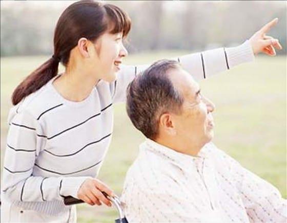 Bạn Đã Biết Lợi Ích Mà Dịch Vụ Chăm Sóc Người Già Mang Lại Cho Bạn