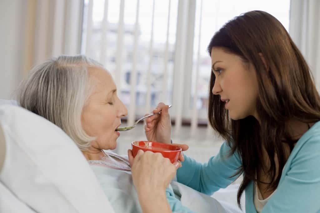 Kiến thức cơ bản giúp chăm sóc người bệnh tai biến mạch máu não
