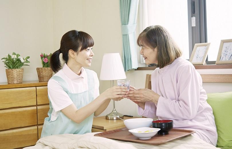5 tuyệt chiêu chăm sóc người già theo tâm lý phổ biến nhất 2021