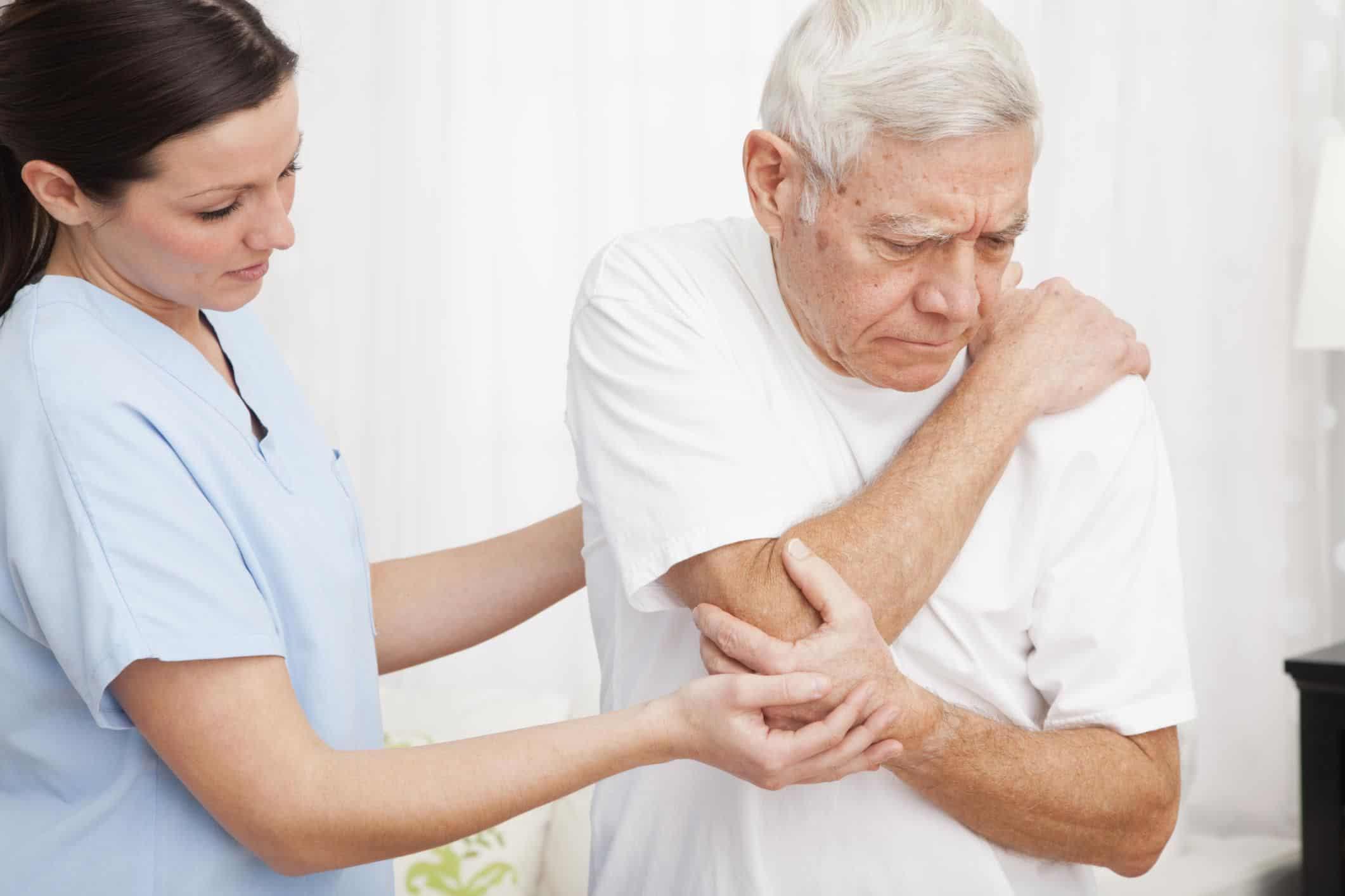 Chăm sóc người bị tiểu đường như thế nào | Dịch vụ chăm sóc bệnh nhân