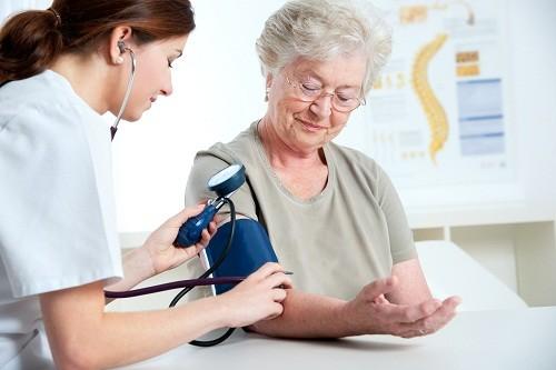 Medical exam.Measuring blood pressure