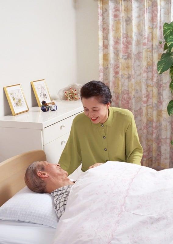 Làm Thế Nào Để Biết Cách Chăm Sóc Người Già Bị Bao Tử