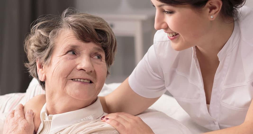 Chăm Sóc Người Già Bệnh Sau Khi Được Điều Trị Tại Bệnh Viện