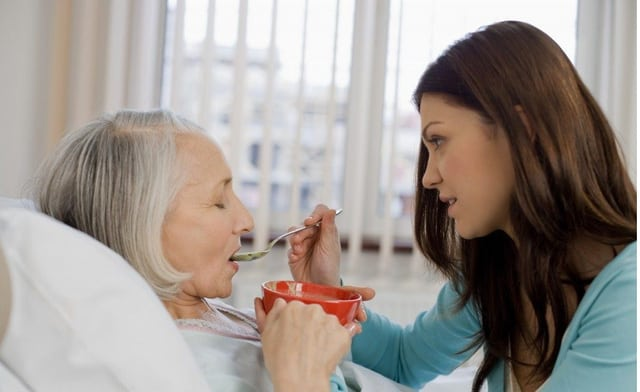 Dịch Vụ Chăm Sóc Người Tại Nhà Đảm Bảo Sức Khỏe