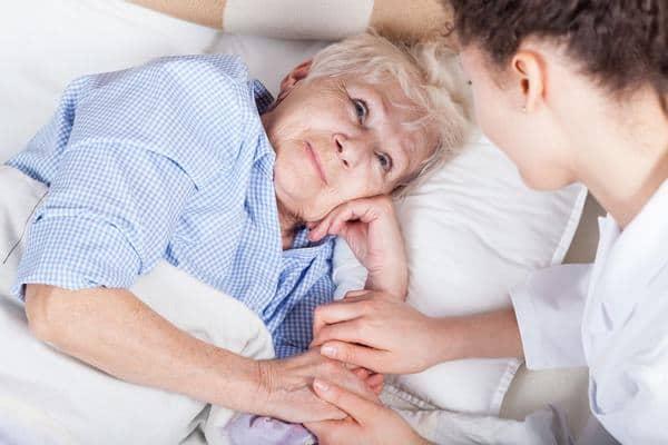 chăm sóc bệnh nhân tràn dịch màng phổi