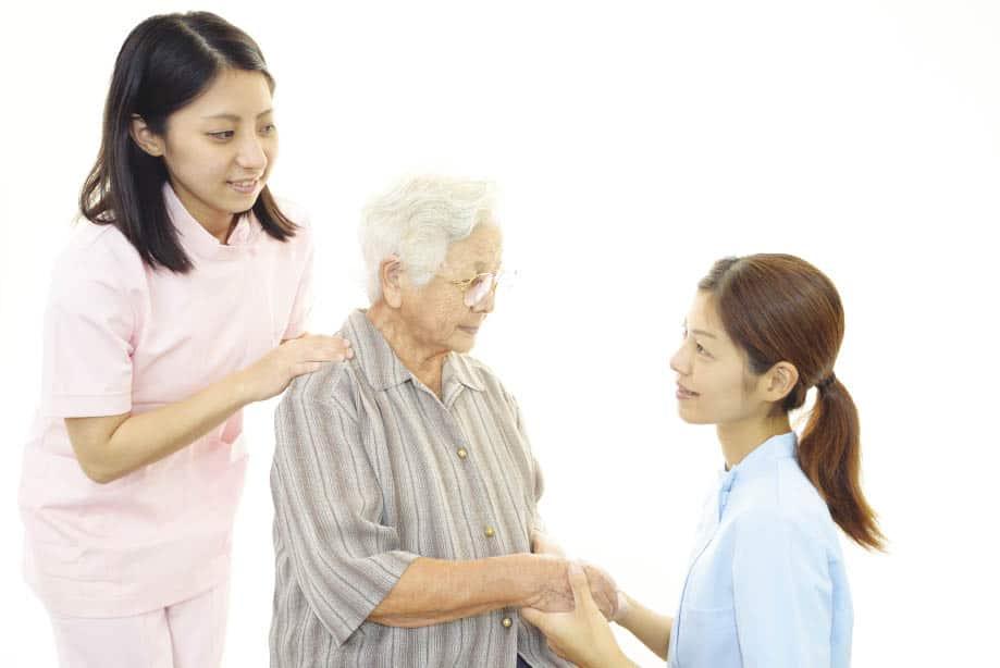 Cách Chăm Sóc Sức Khỏe Người Già An Toàn Và Khoa Học