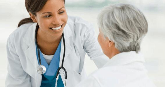 Chăm Sóc Bệnh Nhân Sau Mổ Tuyến Giáp Như Thế Nào?