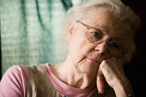 Người cao tuổi hay có những suy nghĩ tiêu cực và bi quan