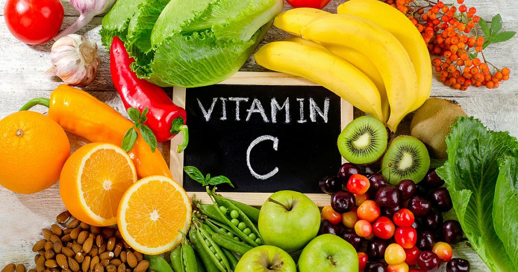 Người bị bỏng cần ăn nhiều loại trái cây cung cấp vitamin C