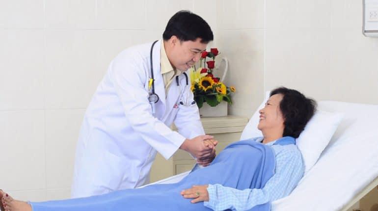 Mô hình dịch vụ chăm sóc người bệnh toàn diện