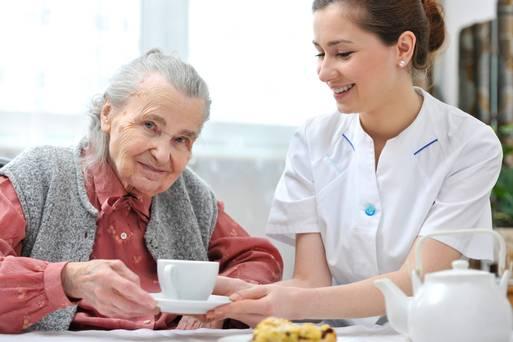 Dịch vụ chăm sóc người bệnh tại nhà ở tphcm