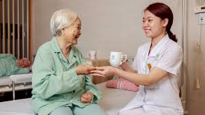 Cách Chăm Sóc Người Ốm Để Họ Cảm Thấy Khỏe Hơn