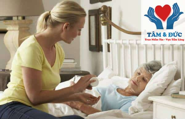 Chăm sóc bệnh nhân điều trị tại bệnh viên và dịch vụ chăm sóc bệnh nhân