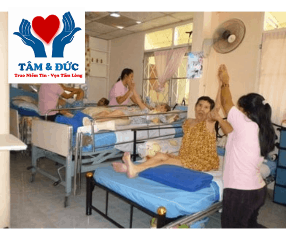 Chăm sóc người già – chăm sóc bệnh nhân tại TP.HCM