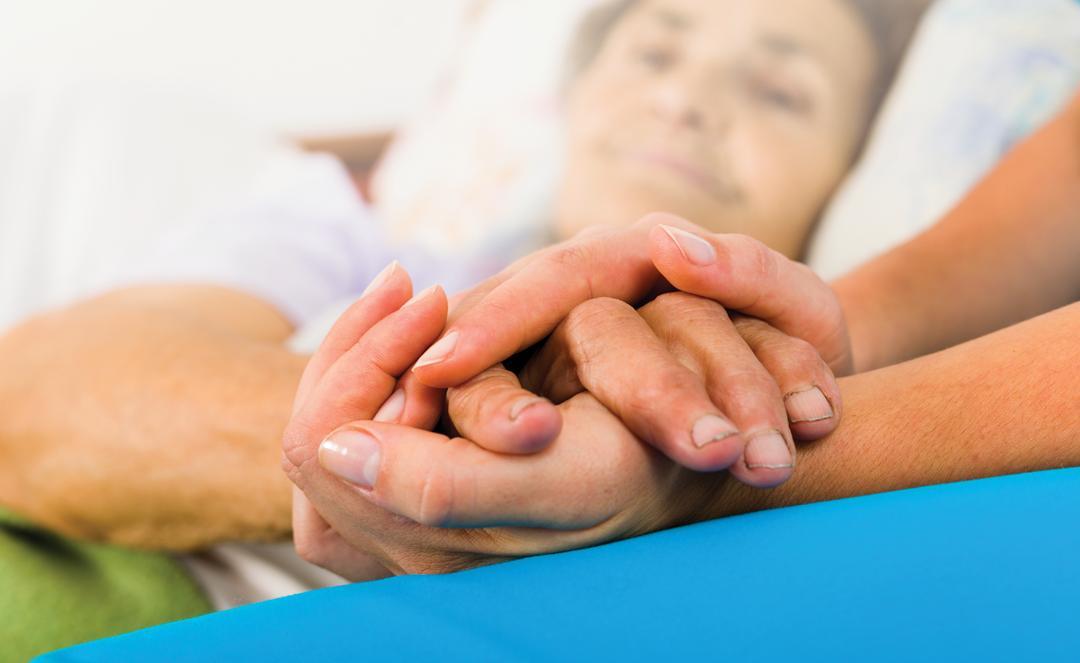 Những Lưu Ý Khi Chăm Sóc Bệnh Nhân Ung Thư Đại Trực Tràng