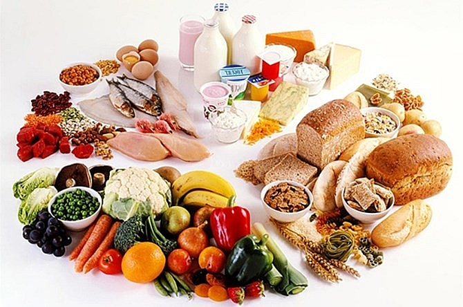 Dinh dưỡng khi chăm sóc người già trong đại dịch covid 19