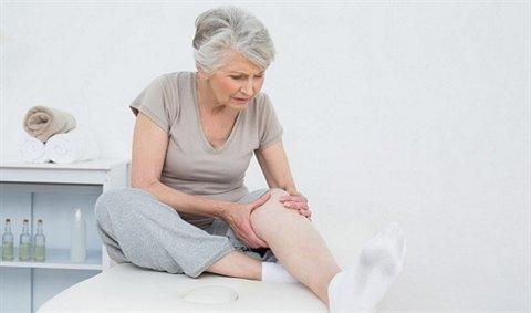 Chăm sóc người già | Những sai lầm trong việc điều trị đau khớp