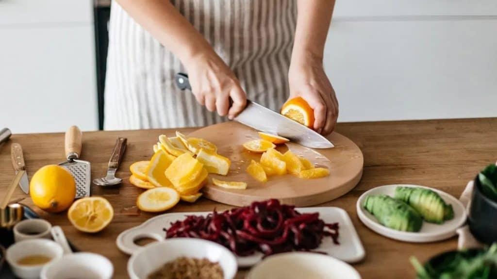 Chế độ dinh dưỡng khi chăm sóc bệnh nhân thoái hóa khớp