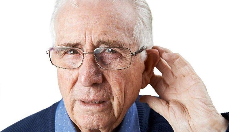 Kinh nghiệm giúp ngăn ngừa bệnh lãng tai khi chăm sóc người cao tuổi