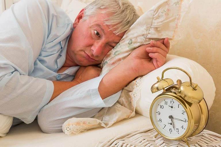 Chăm sóc người già | Tìm hiểu về rối loạn giấc ngủ ở tuổi già