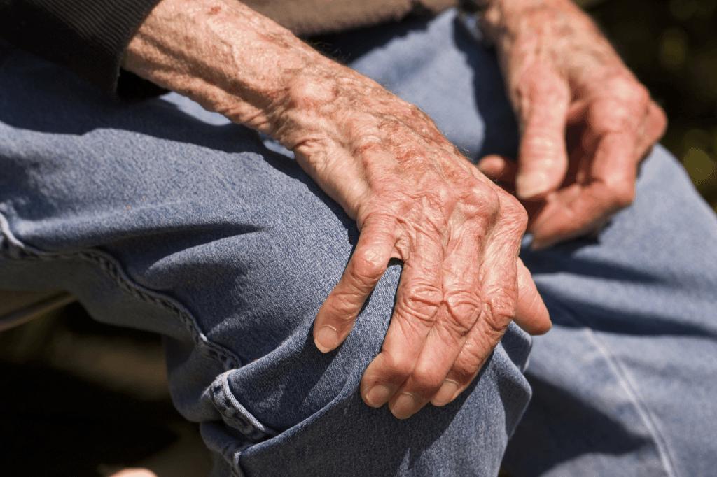 Chăm sóc bệnh nhân và điều trị co giật sau đột quỵ