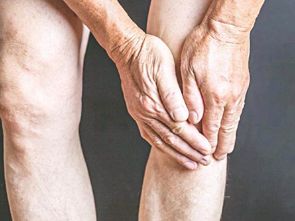 Chăm sóc bệnh nhân bị cứng cơ bắp sau khi đột quỵ