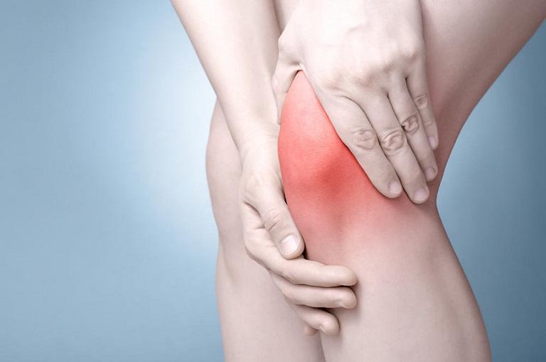 Bật mí các bài thuốc giúp điều trị đau khớp gối bằng nghệ